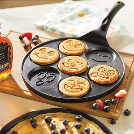 Emoji Pancake Pan 2592