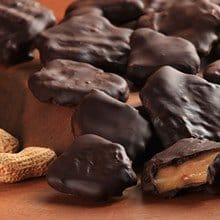 Chocolate-Dipped Peanut Brittle 2111