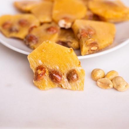 Old-Fashioned Peanut Brittle 5676