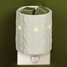 Cozy Sweater Plug-In Fragrance Warmer 6997