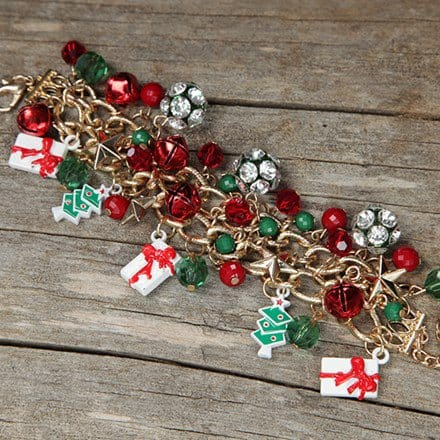 Holiday Charm Bracelet 2823