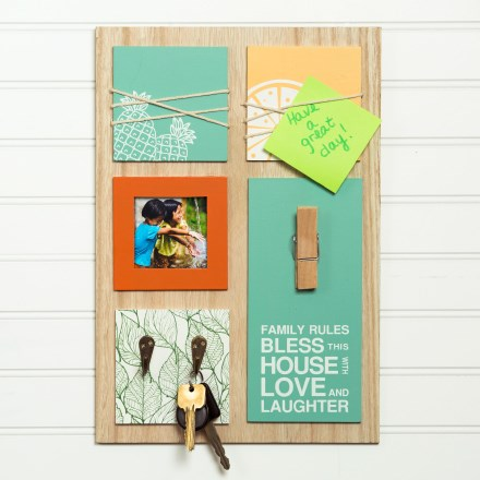 Home Message Center Board 2556
