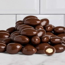 Chocolate Covered Almonds 5623